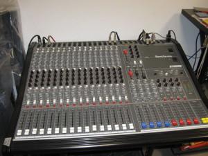 Mixer Cabotron modello Synthesis 16